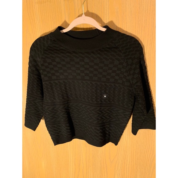 8401372aa32 Kendall   Kylie Sweaters - Kendall + Kylie cropped sweater